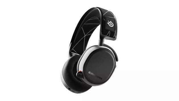Лучшая гарнитура - SteelSeries Arctis 9 Wireless