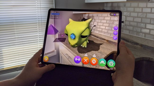 AR Dragon на iPad Pro 12.9 (2020)