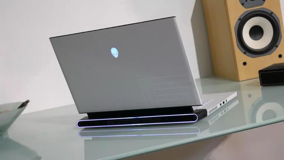 Игровой ноутбук Alienware M15 R3 (2020)