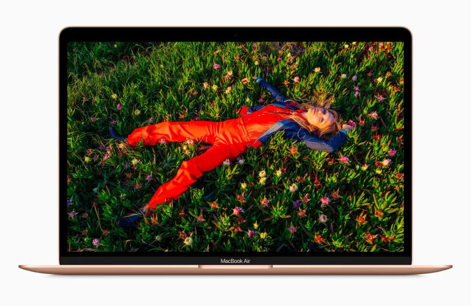 Лучший ноутбук - MacBook Air M1 (2020)
