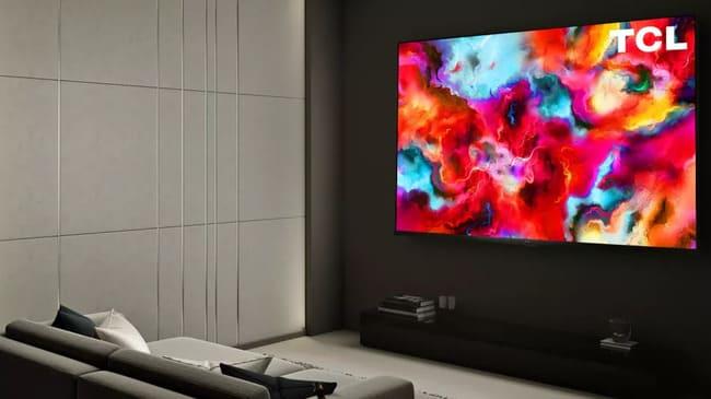 Огромный телевизор TCL