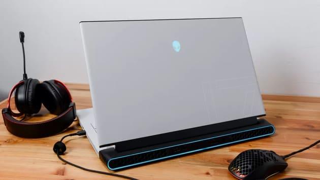 Игровой ноутбук Alienware m17 R4 (2021)