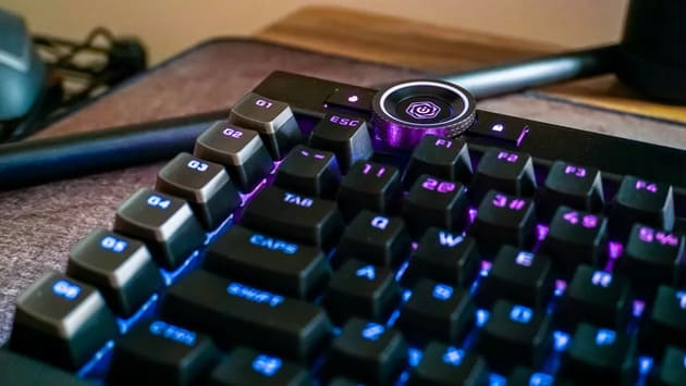 Клавиатура Corsair K100 RGB