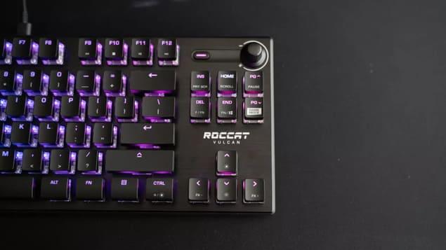 Игровая клавиатура Roccat Vulcan TKL Pro