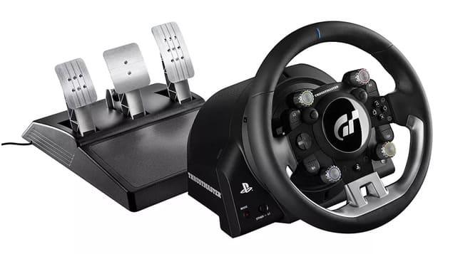 Лучший руль Thrustmaster T-GT