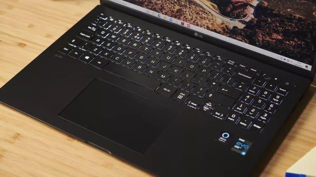 Ноутбук LG Gram 16 (2021)