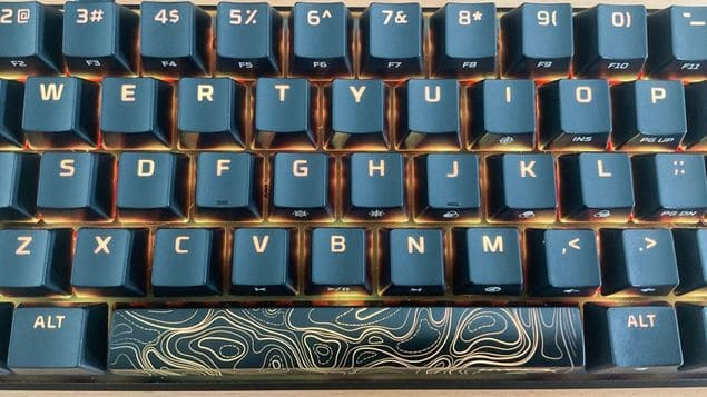 Клавиши и подсветка HyperX Alloy Origins 60