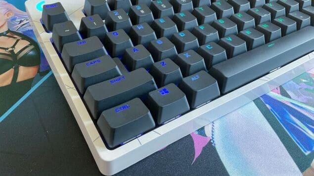 Положение клавиш Logitech G Pro KDA