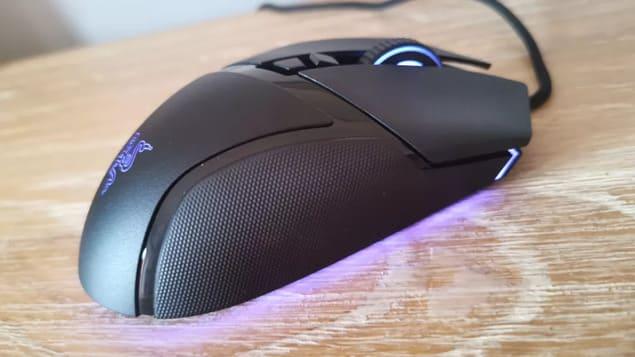 Мышь Razer Basilisk V3