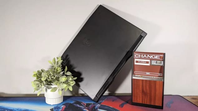 Ноутбук MSI Katana GF66