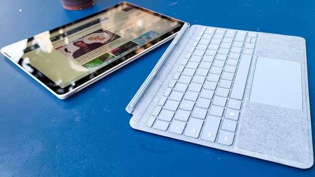 Гибридный Microsoft Surface Go 3