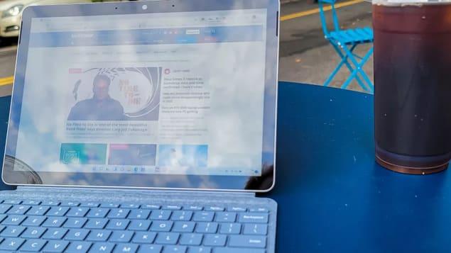Планшет с клавиатурой Surface Go 3